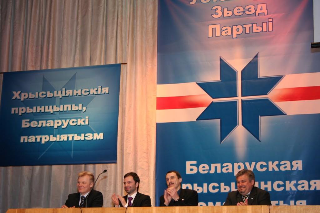 Minister Rosenthal veroordeelt onderdrukking oppositie Wit-Rusland