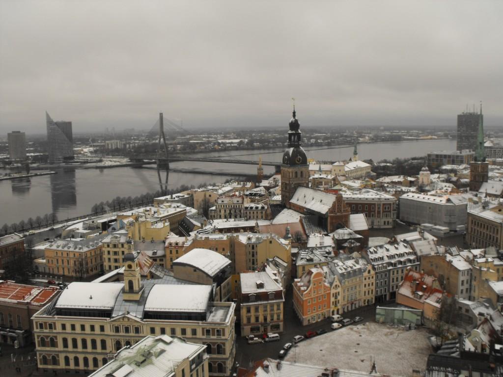 Laat Letland Lat houden
