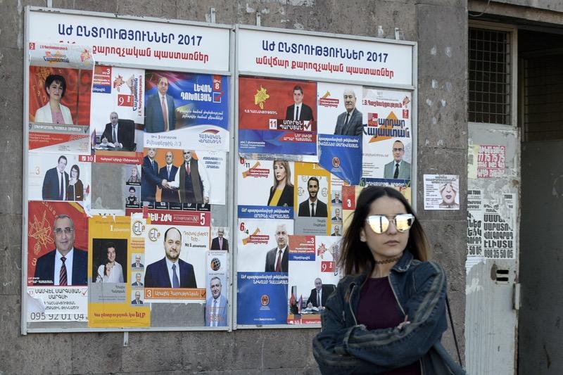 Armenië: Regering kan verder, liberalen vliegen uit parlement