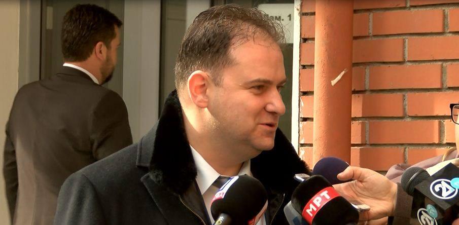Rechter: Amerikaanse ambassade stuurt politieke processen Macedonië aan