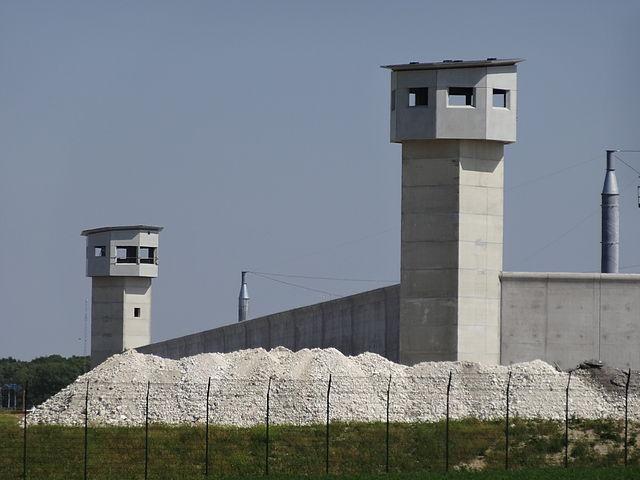 Veel Franse gevangenissen geterroriseerd door islamistische bendeleiders