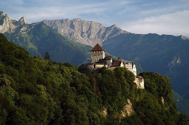 300 jaar Liechtenstein groots gevierd