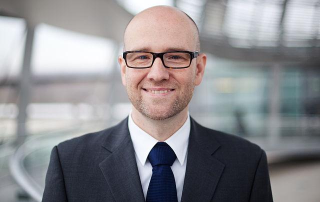 Peter Tauber (CDU) wil rechts grondrechten ontnemen