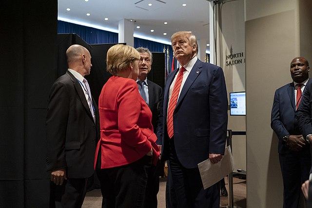Duitse bondsdag kritisch over Merkels beschuldiging van Iran
